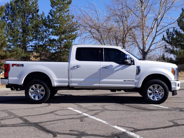 2017 Ford F-250 Crew Cab 4x4, Pickup #HEE02904 - photo 5