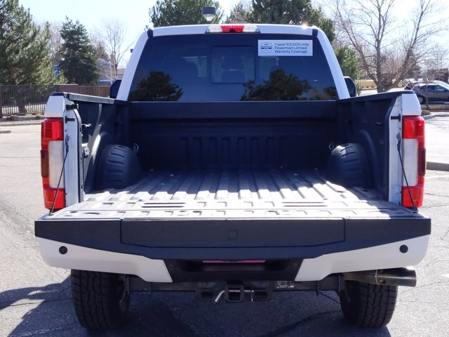 2017 Ford F-250 Crew Cab 4x4, Pickup #HEE02904 - photo 7