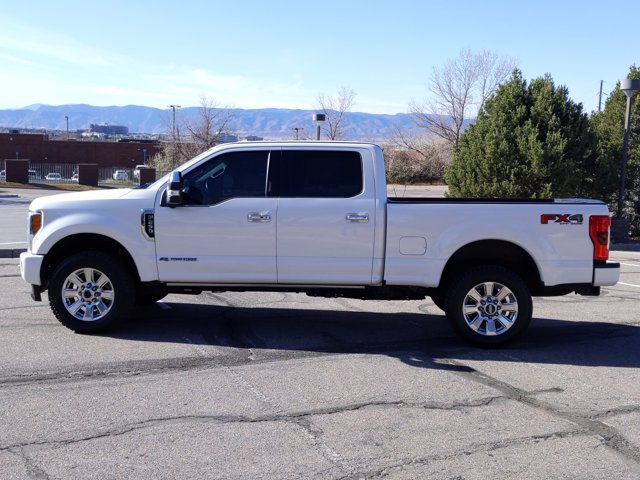 2017 Ford F-250 Crew Cab 4x4, Pickup #HEE02904 - photo 9
