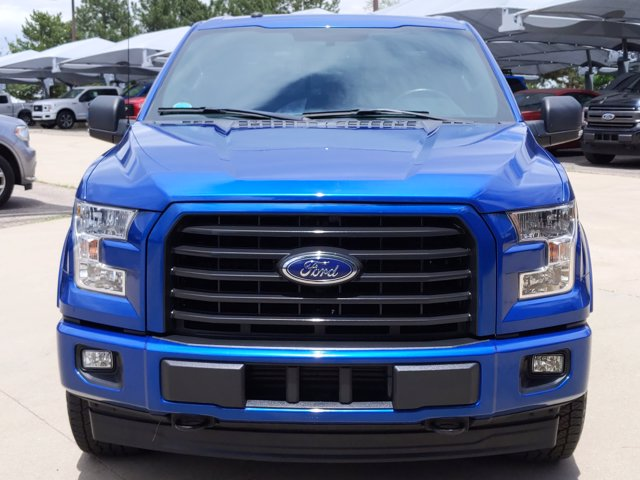 2017 Ford F-150 SuperCrew Cab 4x4, Pickup #HFB64765 - photo 3