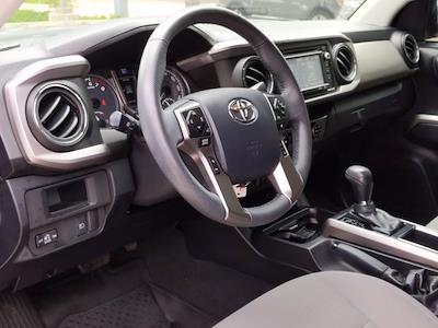 2018 Toyota Tacoma Double Cab 4x4, Pickup #JM143383 - photo 10