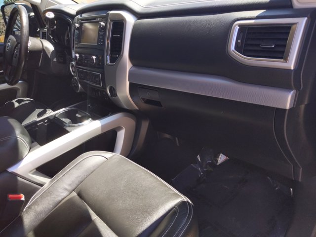 2018 Titan XD Crew Cab, Pickup #JN532605 - photo 21