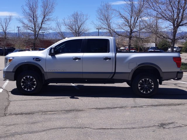 2018 Titan XD Crew Cab, Pickup #JN532605 - photo 9