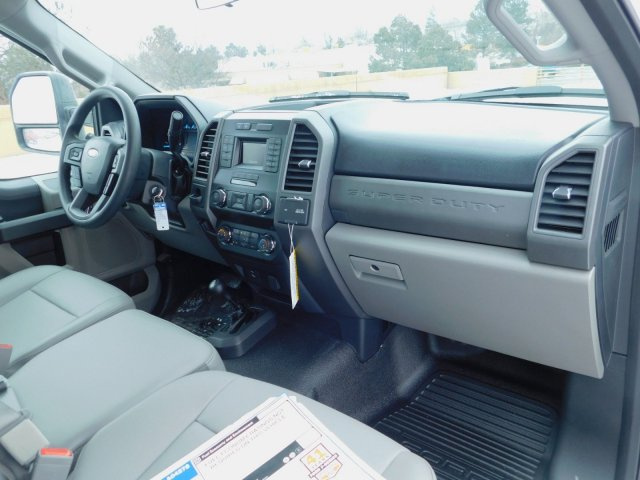 2019 Ford F-550 Regular Cab DRW 4x4, Knapheide Value-Master X Platform Body #KDA04278 - photo 13