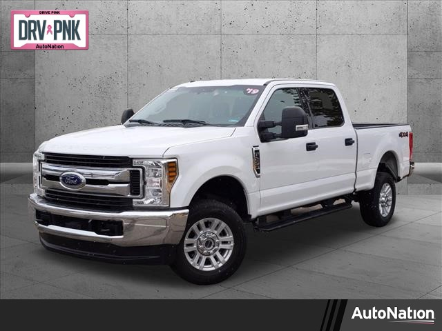 2019 Ford F-250 Crew Cab 4x4, Pickup #KED76649 - photo 1