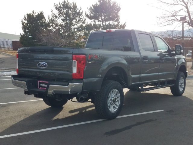 2019 F-250 Crew Cab 4x4, Pickup #KEG86583 - photo 3