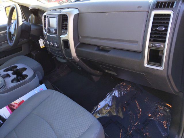 2019 Ram 1500 Crew Cab 4x4, Pickup #KS596477 - photo 19