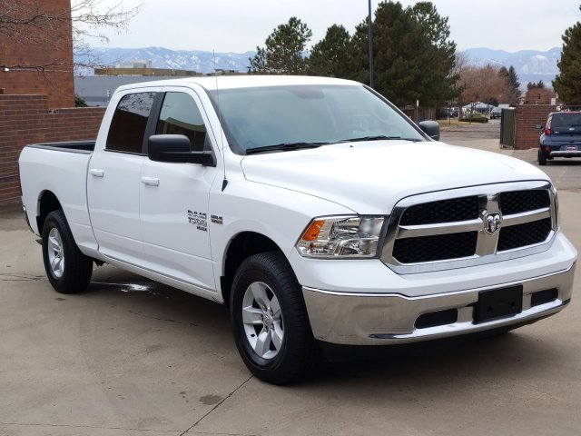 2019 Ram 1500 Crew Cab 4x4, Pickup #KS606235 - photo 4