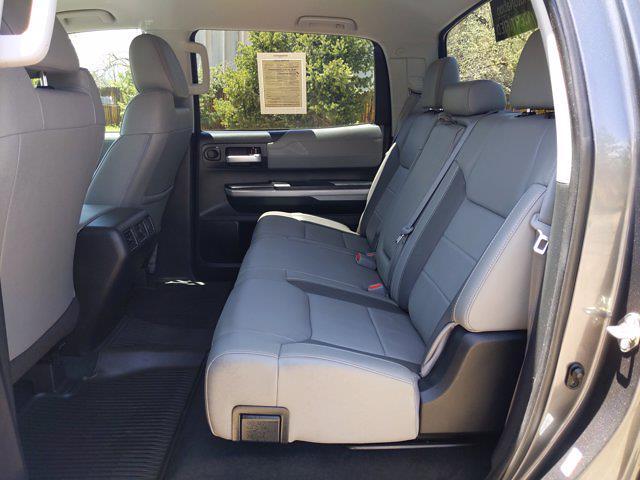 2019 Toyota Tundra Crew Cab 4x4, Pickup #KX866156 - photo 17