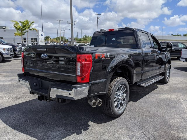 2020 Ford F-250 Crew Cab 4x4, Pickup #LEC98145 - photo 3
