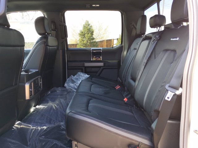 2020 Ford F-250 Crew Cab 4x4, Pickup #LEE76738 - photo 17