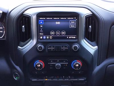 2020 Chevrolet Silverado 1500 Crew Cab 4x4, Pickup #LG309004 - photo 14