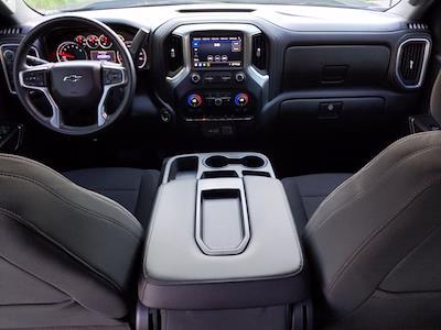 2020 Chevrolet Silverado 1500 Crew Cab 4x4, Pickup #LG309004 - photo 16