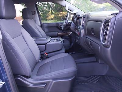 2020 Chevrolet Silverado 1500 Crew Cab 4x4, Pickup #LG309004 - photo 19