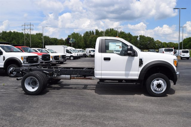 2017 F-550 Regular Cab DRW, Cab Chassis #1714485 - photo 3