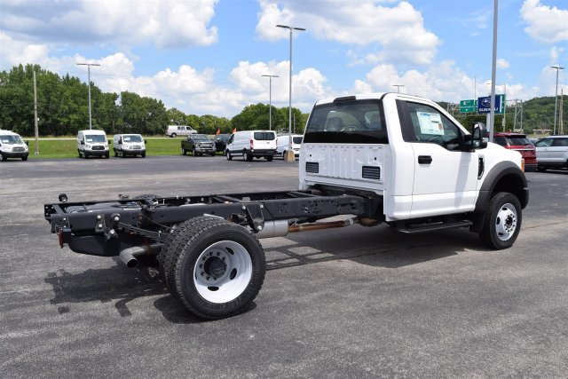2017 F-550 Regular Cab DRW, Cab Chassis #1714485 - photo 2