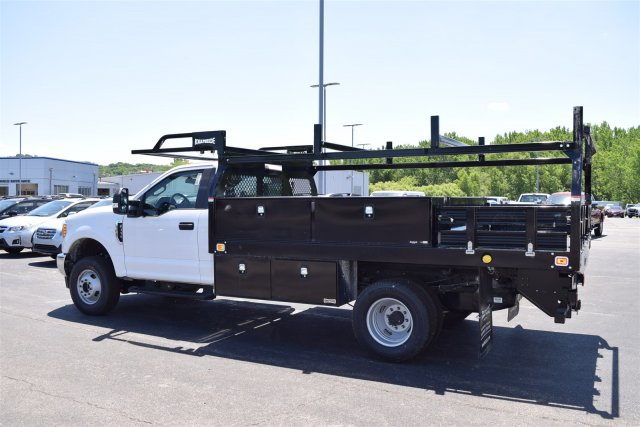 2017 F-350 Regular Cab DRW 4x4, Knapheide Contractor Body #1719970 - photo 2