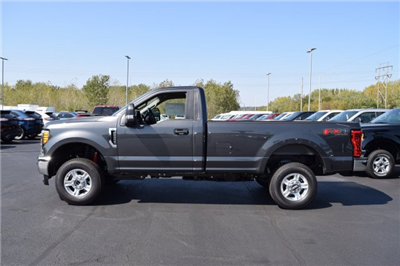 2017 F-250 Regular Cab 4x4 Pickup #1769097 - photo 3