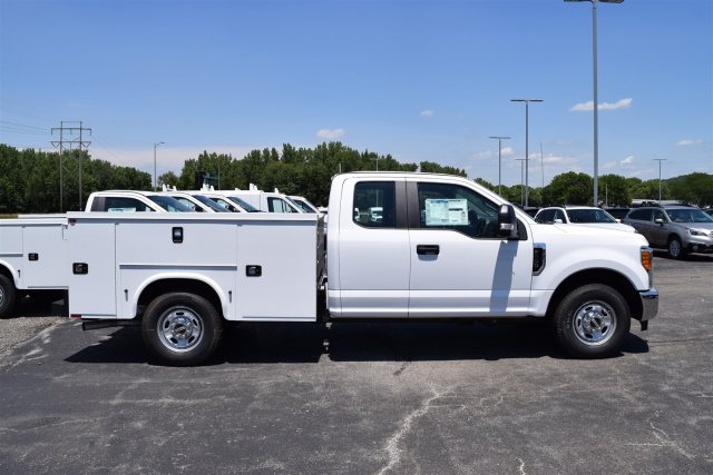 2017 F-250 Super Cab, Knapheide Service Body #1782635 - photo 3