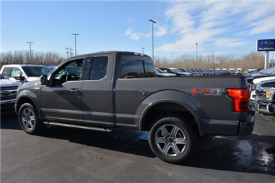 2018 F-150 Super Cab 4x4, Pickup #1809889 - photo 2