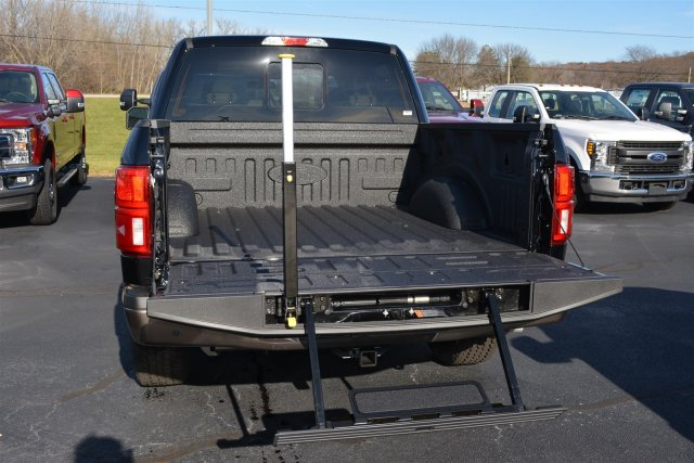2018 F-150 Crew Cab 4x4, Pickup #1868165 - photo 8