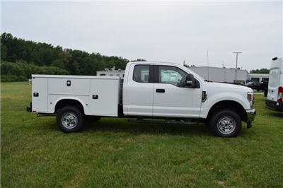 2018 F-250 Super Cab 4x4,  Knapheide Standard Service Body #1885543 - photo 3
