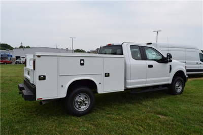 2018 F-250 Super Cab 4x4,  Knapheide Standard Service Body #1885543 - photo 2