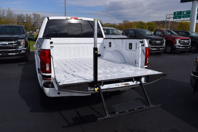 2018 F-150 Crew Cab 4x4 Pickup #1890059 - photo 10