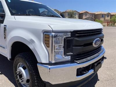 2018 Ford F-350 Crew Cab DRW 4x4, CM Truck Beds RD Model Platform Body #C291 - photo 3
