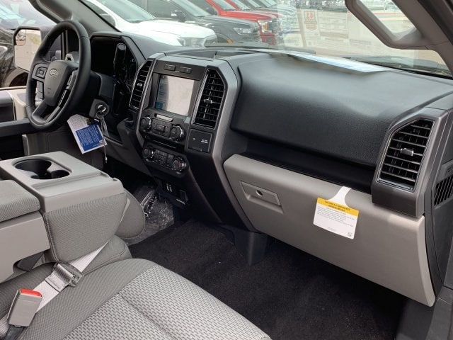 2018 F-150 SuperCrew Cab 4x2,  Pickup #JKF80704 - photo 8