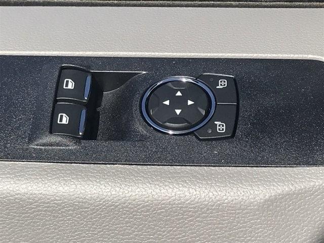 2019 F-550 Regular Cab DRW 4x2, Cab Chassis #KDA25989 - photo 20