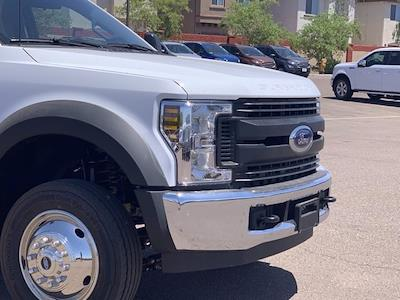 2019 Ford F-550 Regular Cab DRW 4x2, Milron Crane Body #KDA25989 - photo 3