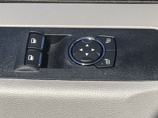 2019 F-550 Regular Cab DRW 4x2, Cab Chassis #KDA25991 - photo 20