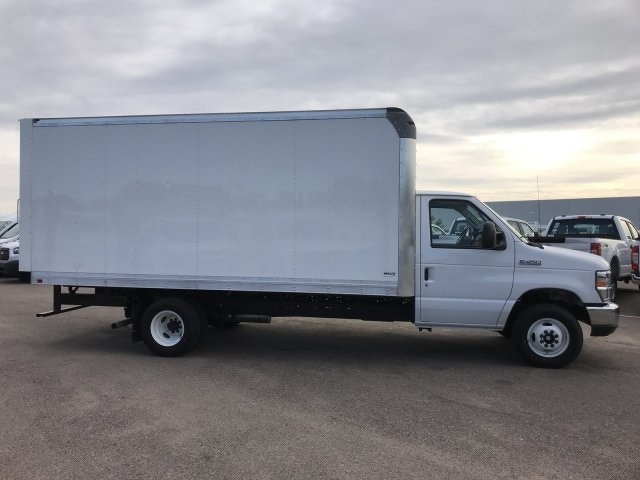 2019 E-450 4x2, Supreme Iner-City Cutaway Van #KDC46632 - photo 4