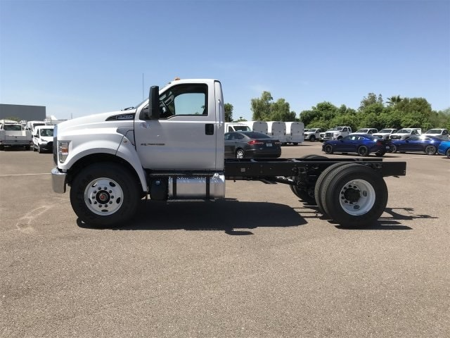2019 F-750 Regular Cab DRW 4x2,  Cab Chassis #KDF11642 - photo 3