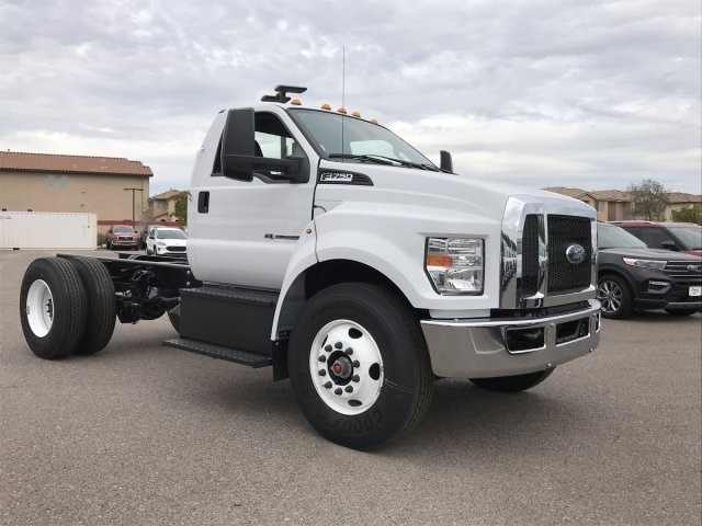 2019 F-750 Regular Cab DRW 4x2, Cab Chassis #KDF12003 - photo 2
