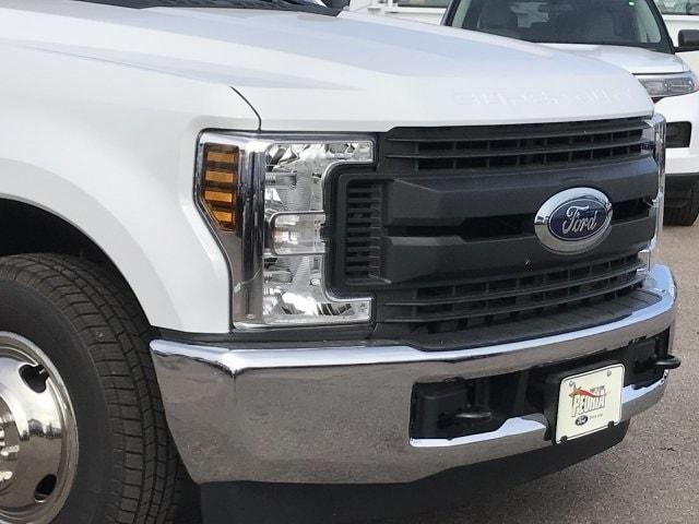 2019 F-350 Regular Cab DRW 4x2, CM Truck Beds Platform Body #KEE37211 - photo 3