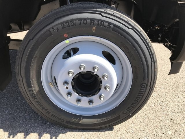 2019 F-550 Regular Cab DRW 4x2, Cab Chassis #KEE90390 - photo 8