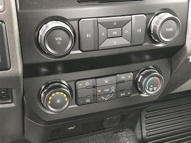 2019 F-550 Regular Cab DRW 4x2, Cab Chassis #KEF21754 - photo 16