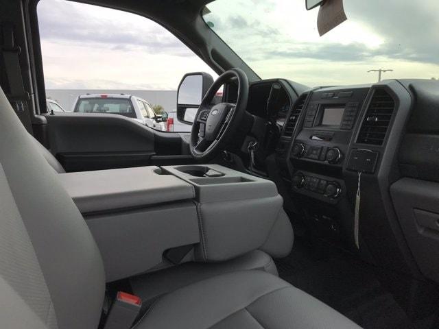 2019 Ford F-550 Super Cab DRW 4x2, Scelzi Platform Body #KEF30028 - photo 10