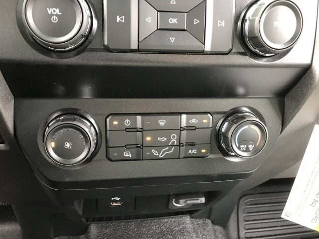 2019 F-550 Super Cab DRW 4x2, Scelzi Platform Body #KEF30028 - photo 20