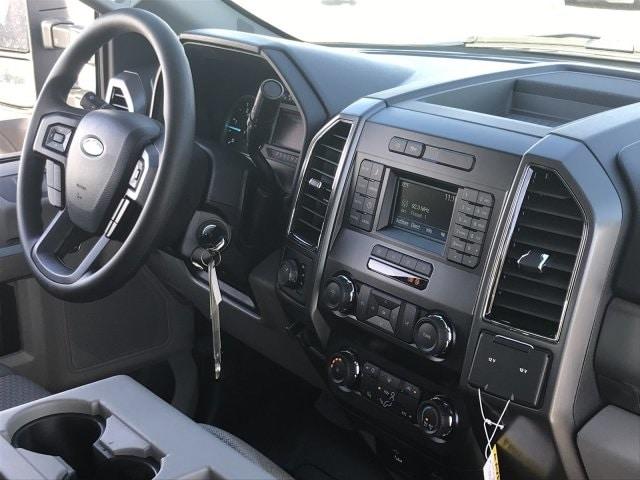 2019 F-550 Crew Cab DRW 4x4, Cab Chassis #KEG55281 - photo 9