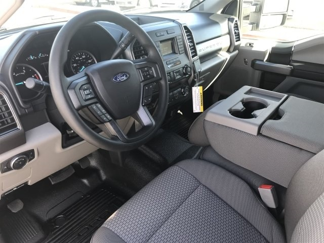 2019 F-550 Crew Cab DRW 4x4, Cab Chassis #KEG55281 - photo 13