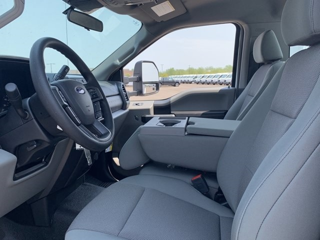 2020 Ford F-550 Regular Cab DRW 4x2, Royal Platform Body #LDA04796 - photo 14