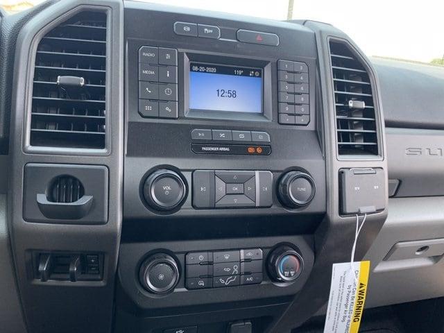 2020 Ford F-550 Regular Cab DRW 4x2, Royal Platform Body #LDA04796 - photo 15