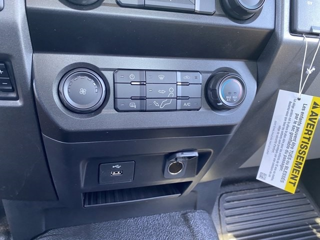 2020 Ford F-550 Regular Cab DRW 4x4, Hillsboro Platform Body #LDA09598 - photo 17