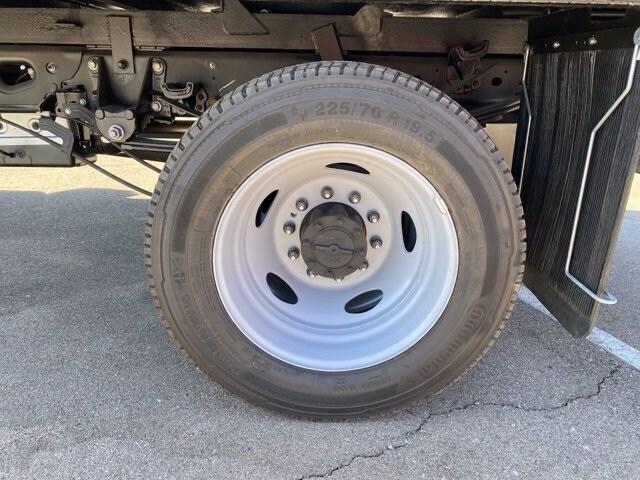 2020 Ford F-550 Regular Cab DRW 4x4, Hillsboro Platform Body #LDA09598 - photo 6