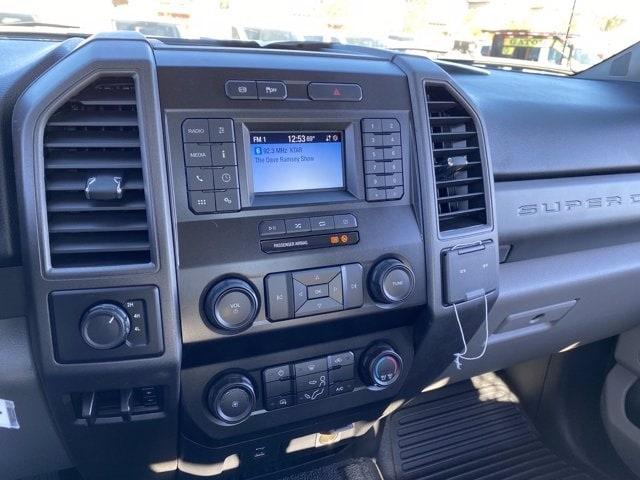 2020 Ford F-550 Regular Cab DRW 4x4, Royal Truck Body Platform Body #LDA14107 - photo 16