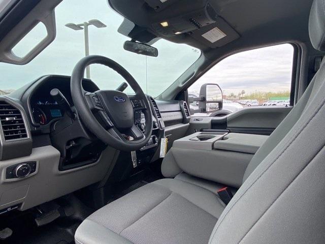 2020 Ford F-550 Regular Cab DRW 4x2, Royal Platform Body #LDA14873 - photo 10