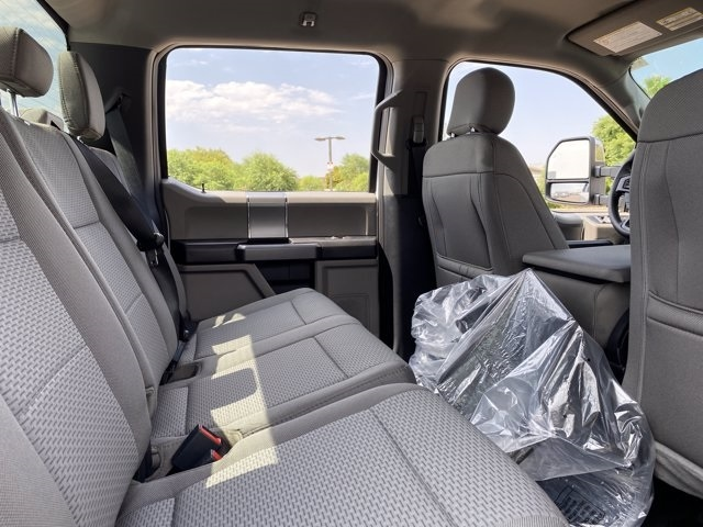 2020 Ford F-250 Crew Cab 4x4, Pickup #LEE22827 - photo 12